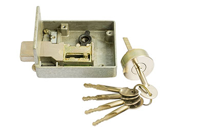 What kinds of locks can a locksmith work on?